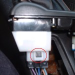 Left side window switch plug